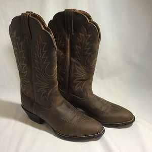 NEW Ariat Womens Heritage R Toe Cowboy Boots 7B